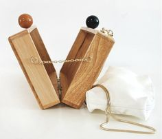 Wooden Purse, Wooden Boxes, Leather Purses, Leather Bag, Bag Display, Crochet Clutch, O Bag, Explorer, Tassel Jewelry