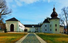 Oponice renovated mansion. Slovakia Heart Of Europe, Big Country, Czech Republic, Homeland, Hungary, Castles, Cool Pictures, Manor Houses, Vacation