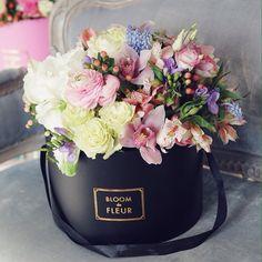 http://www.aakflorist.com/2016/10/bunga-papan-happy-wedding-di-bekasi.html