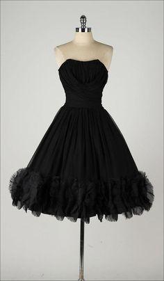 1950's Ruffled Hem Strapless Dress