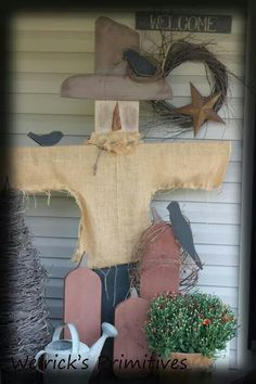 Weirick Primitives- I love this! Primitive Scarecrows, Fall Scarecrows, Primitive Crafts, Primitive Christmas, Wood Scarecrow, Primitive Autumn, Primitive Fall Decorating, Cowboy Christmas, Country Christmas