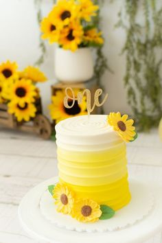 Feb 29, 2020 - This Pin was discovered by Regina Sanchez Sunflower Birthday Parties, Yellow Birthday Cakes, Sunflower Party, 1st Birthday Party For Girls, Sunflower Cakes, 1st Birthday Cakes, Girl Birthday Themes, Birthday Ideas, Smash Cake Girl