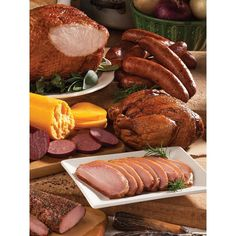 BEAR CREEK SMOKEHOUSE Deluxe Sampler Smoked Bone-In Turkey Breast (2.555.845 IDR) ❤ liked on Polyvore featuring home and kitchen & dining