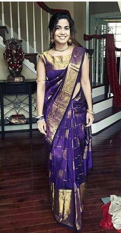 How to Select the Best Modern Saree for You? Pattu Saree Blouse Designs, Half Saree Designs, Fancy Blouse Designs, Bridal Blouse Designs, Designer Blouse Patterns, Design Patterns, Stylish Blouse Design, Elegant Saree, Saree Collection