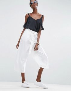 You Can Wear Jennifer Lopez's Affordable Topshop Culottes All Summer Long - Linen Culotte Pants from InStyle.com