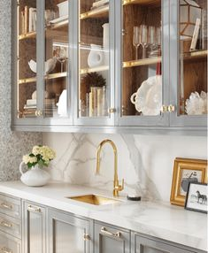 25 Timeless Butlers Pantries | Sophisticated Style