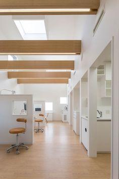 Yokoi Dental Clinic / iks design + msd-office