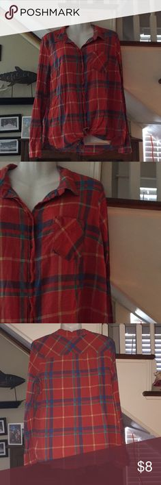 Merona button down shirt Plaid shirt 100%. Cotton Merona Tops Button Down Shirts