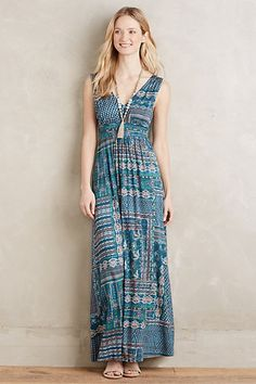 Such a pretty maxi dress! Looks like it might look good on my figure, too. Price is a bit steep for an everyday dress, though. Fairgrounds Maxi Dress #anthropologie