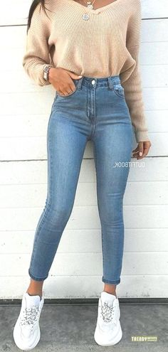 45 Spring Outfits Teenage Ideas for Imitation – Seite 4 von 5 Visit the post for more. - 45 Spring Outfits Teenage Ideas for Imitation Seite 4 von 5 Casual School Outfits, Cute Comfy Outfits, Teen Fashion Outfits, Stylish Outfits, Fashion Models, Fall Outfits, Summer Outfits, Sporty Outfits, Tween Fashion