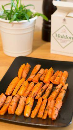 Paahdetut porkkanat | Maku Easy Healthy Recipes, Healthy Snacks, Easy Meals, I Love Food, Good Food, Yummy Food, Vegetarian Recepies, Food Goals, Food Inspiration