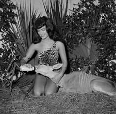 348166 Bettie Page by Bunny Yeager
