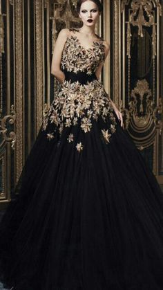 Gorgeous Gown ♥ would have preferred her lips in Red though