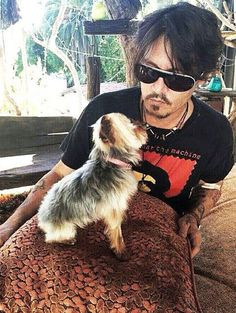 Video: Johnny Depp's dogs face death for skipping Australian quarantine - Telegraph