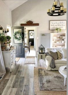 80 Cozy Rustic Farmhouse Living Room Remodel and Design Ideas - Home Decoration Living Room Flooring, My Living Room, Home And Living, Living Room Decor, Small Living, Living Room Wooden Floor, Cottage Style Living Room, Curtains Living, Modern Living