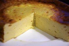 Wer Käsekuchen liebt und sich Low-Carb ernährt, kann ab jetzt beides haben! Das perfekte Low-Carb Käsekuchen Rezept gibt es hier!