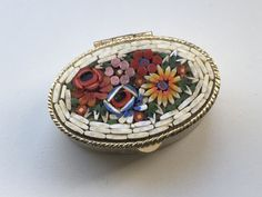 Micro mosaic pill box - trinket holder - collectibles by ElsiesVintageEmporiu on Etsy Vintage Jewellery, Vintage Rings, Small Pill Box, Faceted Glass, Little Boxes, Glass Necklace, Metal Stamping, Mosaic, Engagement Rings