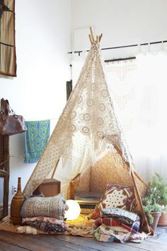 Who DOESN'T want a teepee in their living room:-)