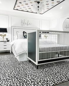 The most beautiful and unique safari themed room! Such great attention to detail🤩Credit to @hesellicdesign Kids Decor, Home Decor, Room Themes, Boy Room, Safari, Most Beautiful, Interior Design, Storage, Bed