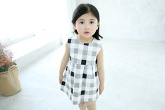 2-7ages children Girl grid dress wholesale free shipping to worldwide on www.suzykids.com