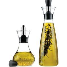 Oil/vinegar dispenser from Eva Solo. (Tall one.)