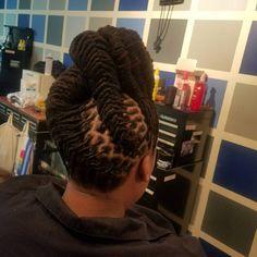 Rock Hairstyles, Dreadlock Hairstyles, African Hairstyles, Dreadlock Styles, Dreads Styles, Hair Facts, Beautiful Dreadlocks, Dreads Girl, Natural Hair Inspiration