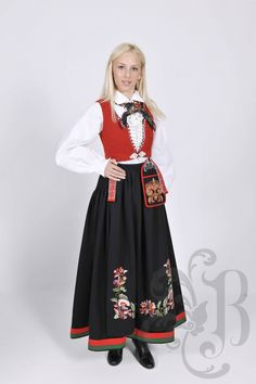 Folk Costume, Costumes, Traditional Outfits, Damask, Mittens, Norway, All Things, High Waisted Skirt, Vest