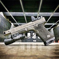 RAE Magazine Speedloaders will save you! Custom Glock, Custom Guns, Shooting Guns, Shooting Range, Weapons Guns, Guns And Ammo, Paintball Guns, Tactical Gear, Tactical Survival