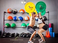 very neat idea for Maternity session! Crossfit Couple, Crossfit Baby, Crossfit Clothes, Newborn Pictures, Maternity Pictures, Pregnancy Photos, Baby Pictures, Prenatal Workout, Pregnancy Workout