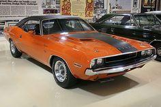 Dodge Challenger 1970 --> My boyfriend's dream car with a 528 Hemi
