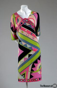 Dress Emilio Pucci, 1963 The Museum at FIT It seemed everyone had a Pucci or a knockoff back then 60s And 70s Fashion, 60 Fashion, Fashion History, Retro Fashion, Vintage Fashion, 1960s Dresses, 1960s Outfits, Vintage Dresses, Vintage Outfits
