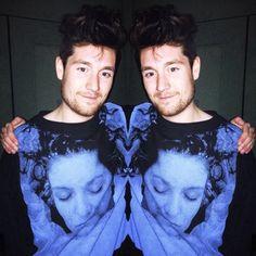 Dan and his amazing Laura Palmer shirt