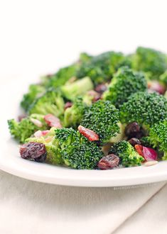 Broccoli Salad Recipe | http://shewearsmanyhats.com/broccoli-salad-recipe/
