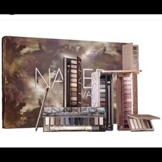 Urban decay naked vault 2 Brand new it includes naked 1,2,3 & smokey plus basics 1 and basics 2 Urban Decay Makeup Eyeshadow