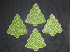 Christmas Tree with Swirls Cookies Christmas Tree Cookies, Iced Cookies, Christmas Sweets, Holiday Cookies, Christmas Baking, Gingerbread Cookies, Sugar Cookies, Christmas Biscuits, Cupcakes