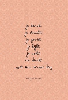 Is mindfulness iets voor jou? The Words, Cool Words, Laura Lee, Happy Quotes, Best Quotes, Positiv Quotes, Dutch Words, Words Quotes, Sayings