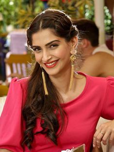 Sonam Kapoor during the making of Song Dheere Dheere from Aashiqui.