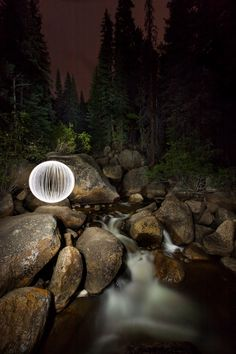 How to paint a ball of light - Great post!