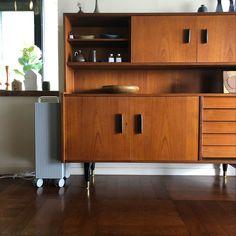 ROOT 7100 Life Design, Office Desk, Kitchen Cabinets, Storage, Furniture, Home Decor, Purse Storage, Desk Office, Decoration Home