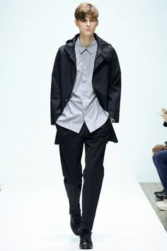 [Margaret Howell]: Nothing particularly noteworthy about this collection. Largely neutral color palette with a few blue garments. Very [simplistic], minimalist collection.
