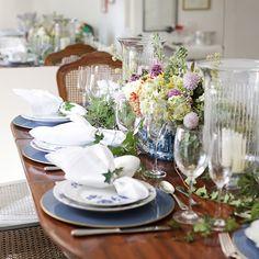 Decoração em azul e branco para um almoço