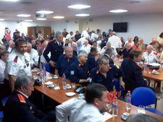 Más de 300 bomberos voluntarios fueron al #Congreso para pedir una pensión por ley   enSEMANA