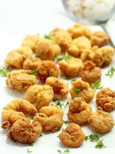 Classic Fried Shrimp- classic spicy flavors and a wonderful crunchy texture. Fried Shrimp Recipes, Shrimp Dishes, Seafood Recipes, Cooking Recipes, What's Cooking, Fish Recipes, Drink Recipes, Camarones Fritos, Great Recipes