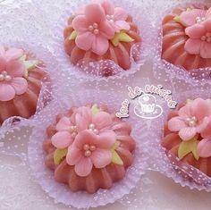Eid Sweets, Arabic Sweets, Cookie Do, Cookie Desserts, Sweets Recipes, Cake Recipes, Eid Cake, Algerian Recipes, Algerian Food