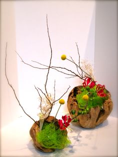 Favorite Ikebana! With craspedia.