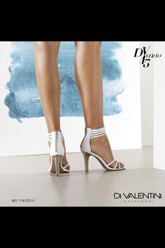 Detalhes que brilham! ✨ #divalentini #shoes #love #summer #diva #divando #brilho