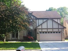 14911 Patterson Dr, Shelby Township, MI 48315