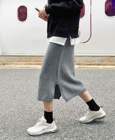 Latest Korean Women's Fashion Ideas 3701669216 Korean Fashion Trends, Korean Street Fashion, Trendy Fashion, Winter Fashion, Womens Fashion, Style Fashion, Cheap Fashion, Casual Outfits, Fashion Outfits