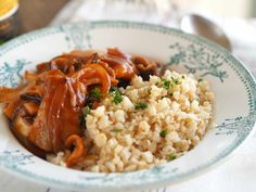 ハッシュドポークを添えたカリフラワーライス Risotto, Grains, Rice, Ethnic Recipes, Food, Hoods, Meals, Seeds, Laughter