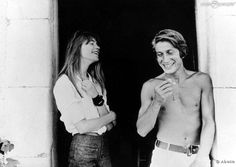 Françoise Hardy & Jacques Dutronc, from http://theredlist.fr/wiki-2-24-224-270-view-very-french-profile-francoise-hardy-jacques-dutronc.html